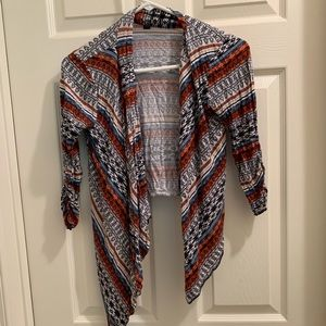 Sweaters - Light and comfortable cardigan